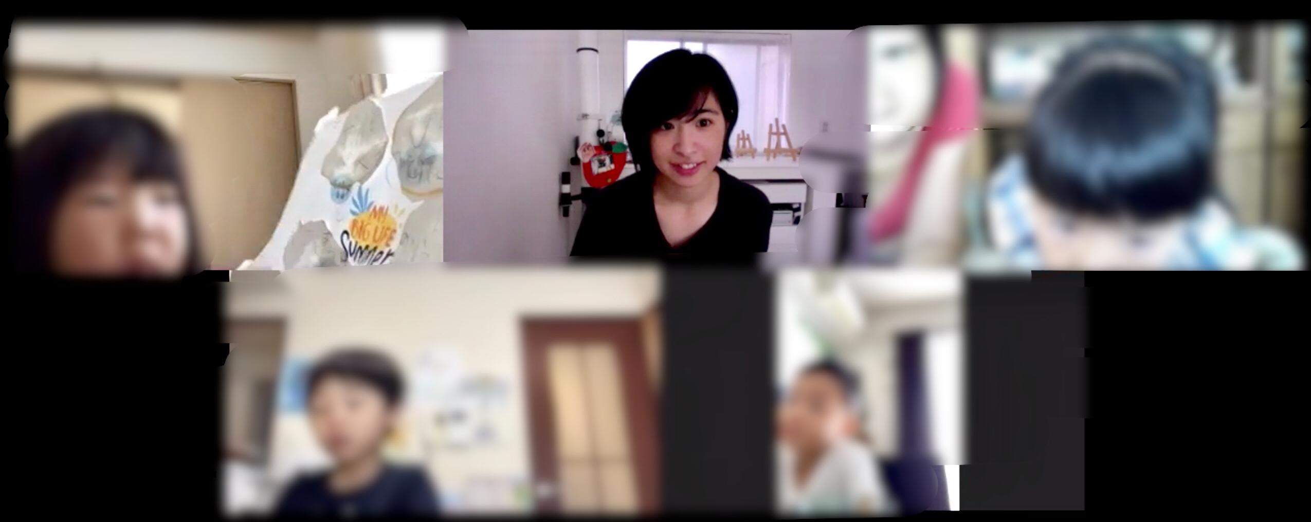 バイリンガル子育てオンラインカレッジではこんな感じに『オンライン自習室』を開室しています^^