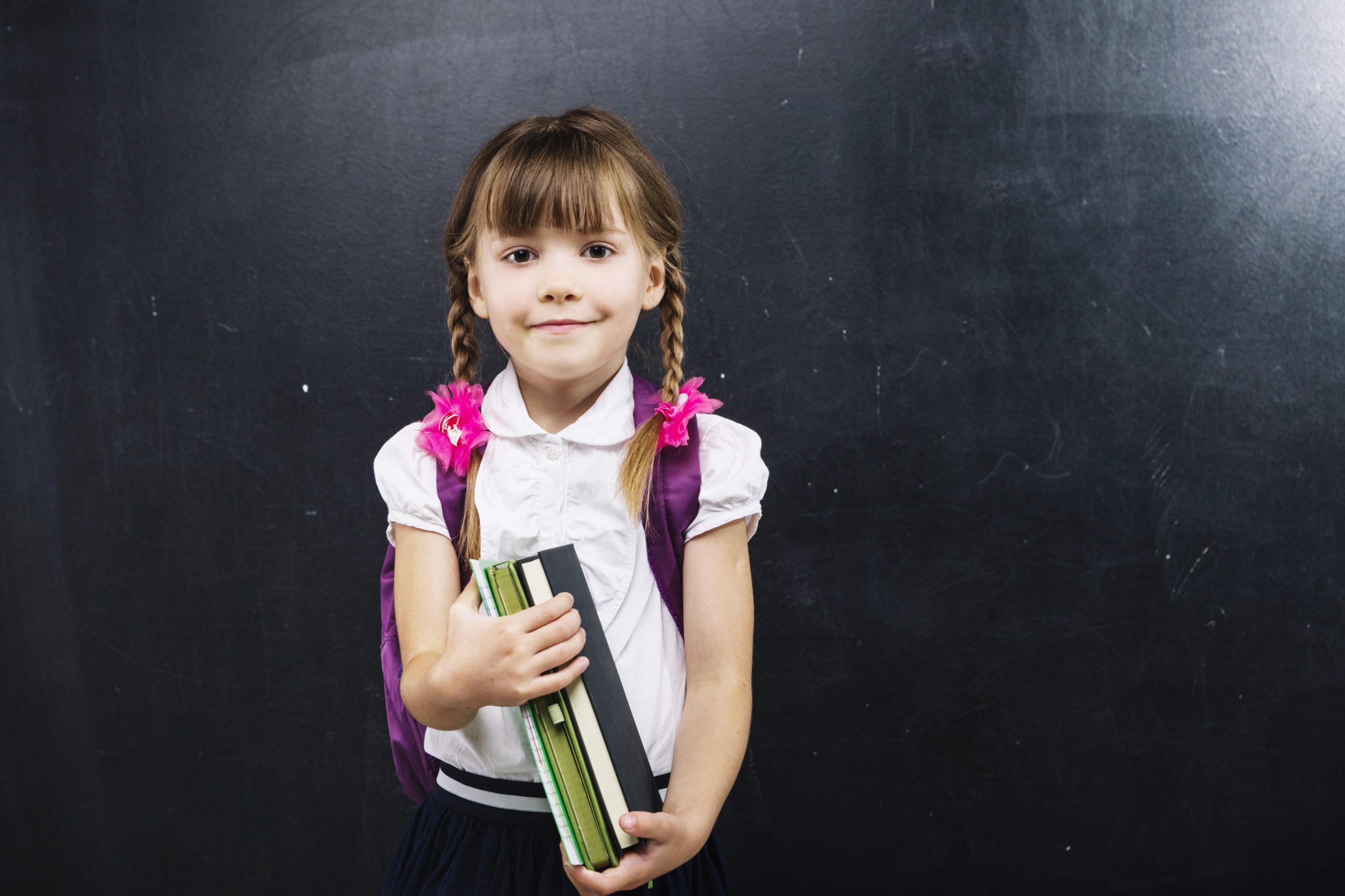 おうち英語の取り組みで出会う『教材』や『機会』は、「目的」と「発達」を活かして利用しよう!